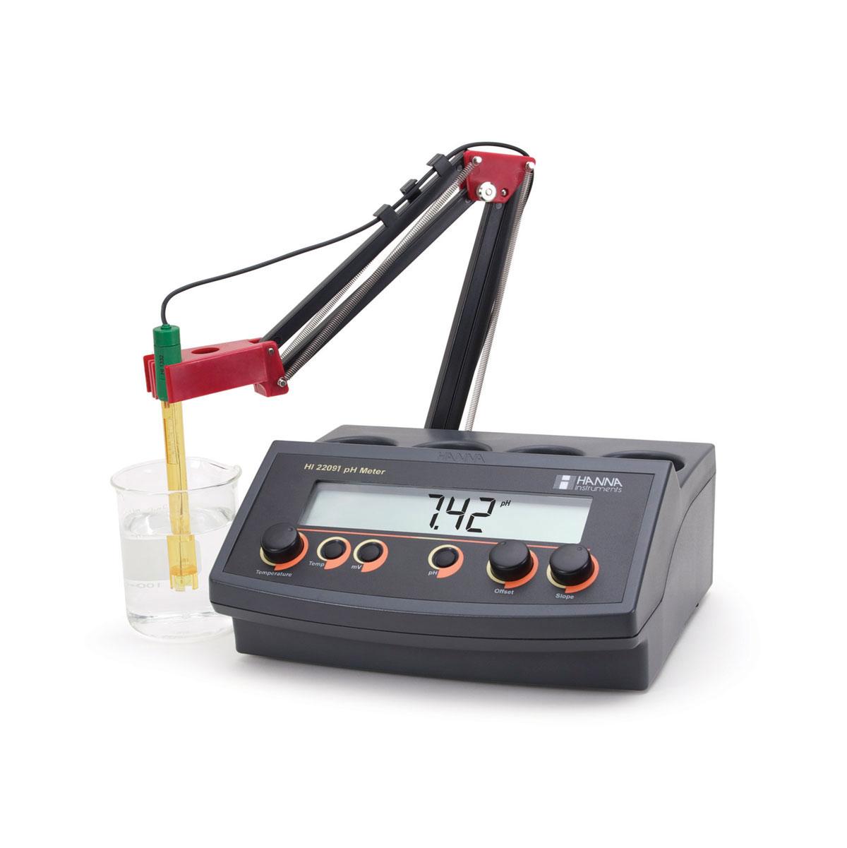 HI22091 pH/mV Benchtop Meter