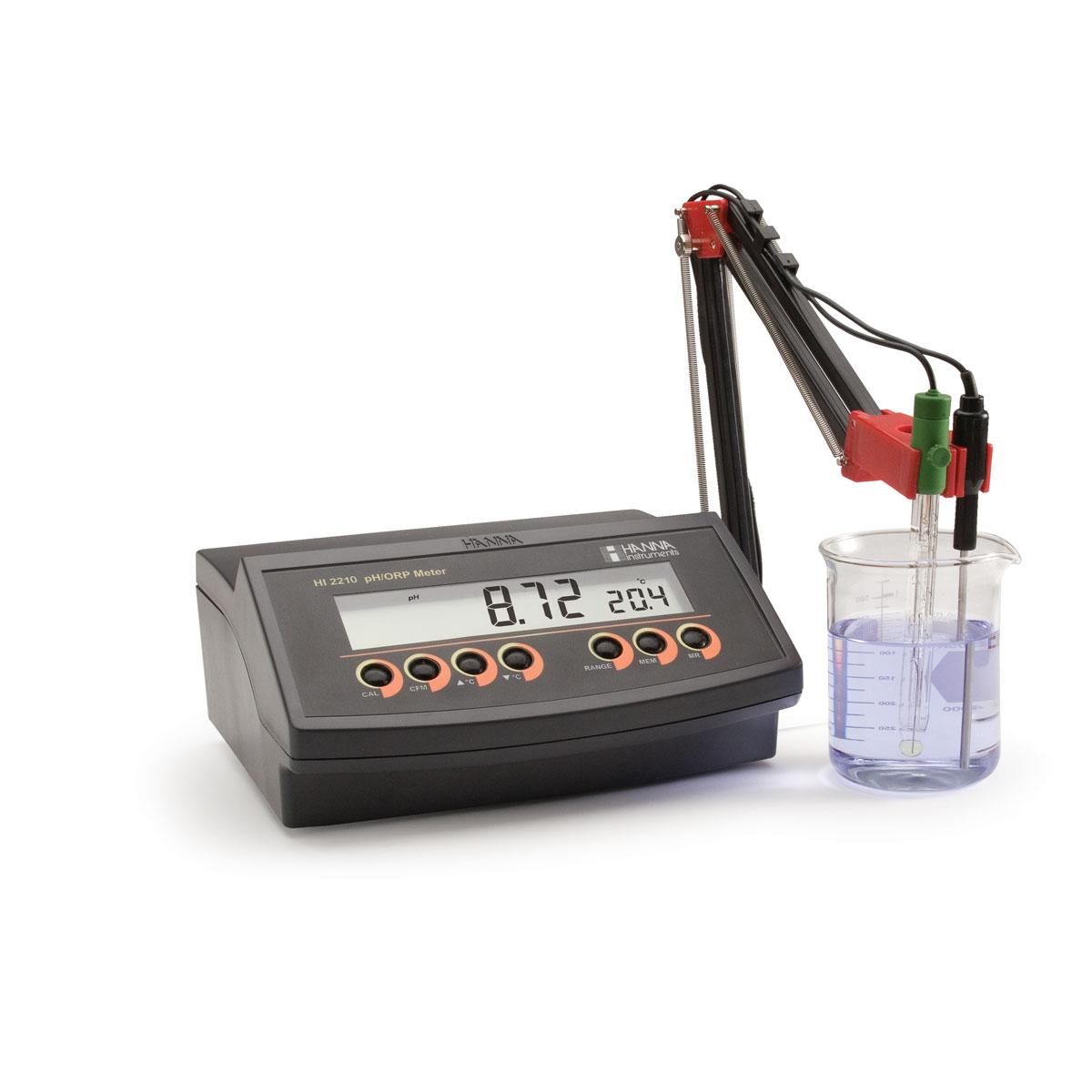 HI2210 - pHmetro da banco con risoluzione 0.01 pH