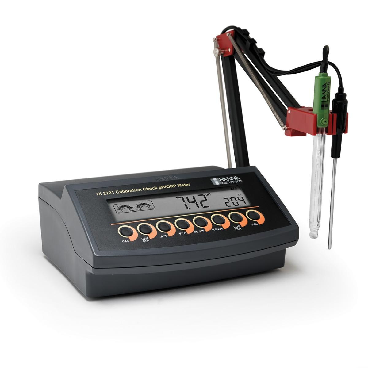 HI2221 - Misuratore da banco pH/mV con CAL Check™