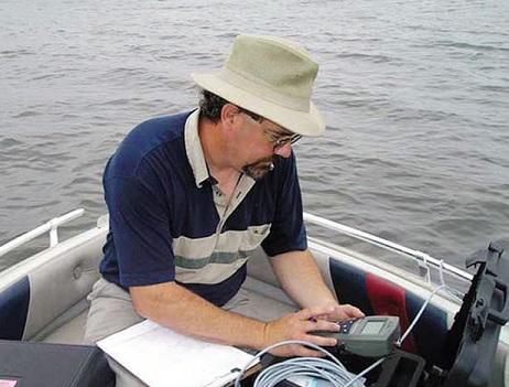 Strumenti per l'analisi delle acque superficiali e sotterranee