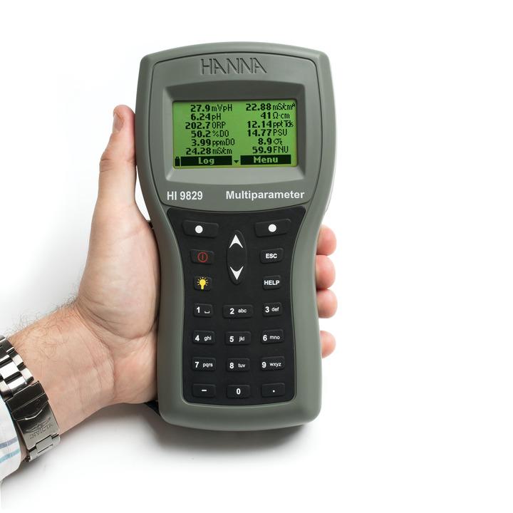 Strumento multiparametro portatile HI9829