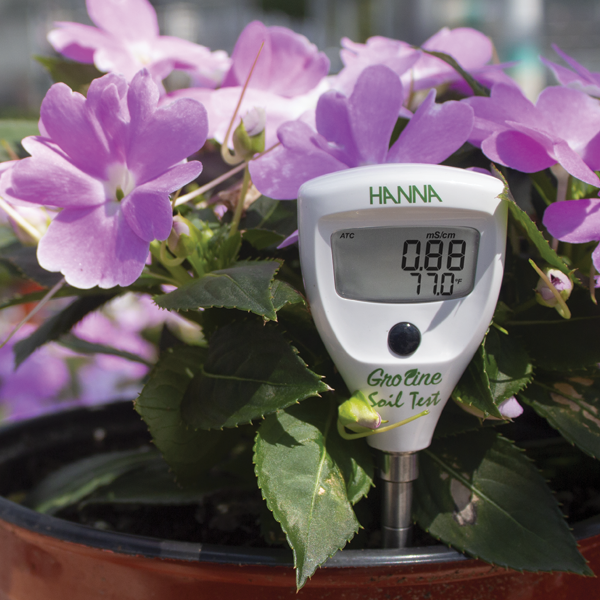 Hanna Instruments - Groline soil tester in a flowerpot
