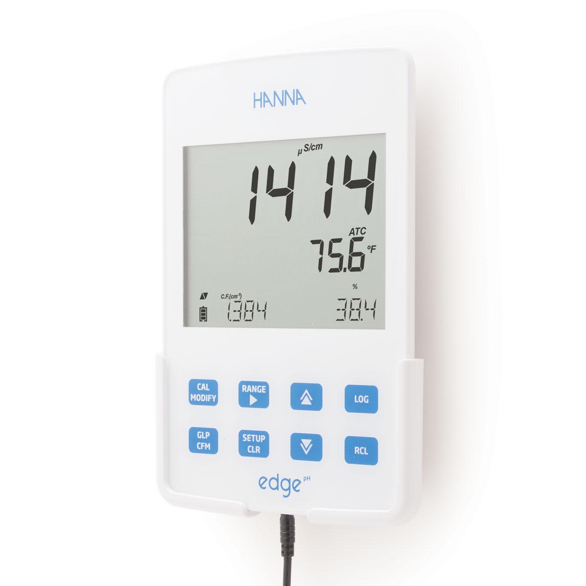 hi2002 edge Conductivity/TDS/Salinity meter wall mount